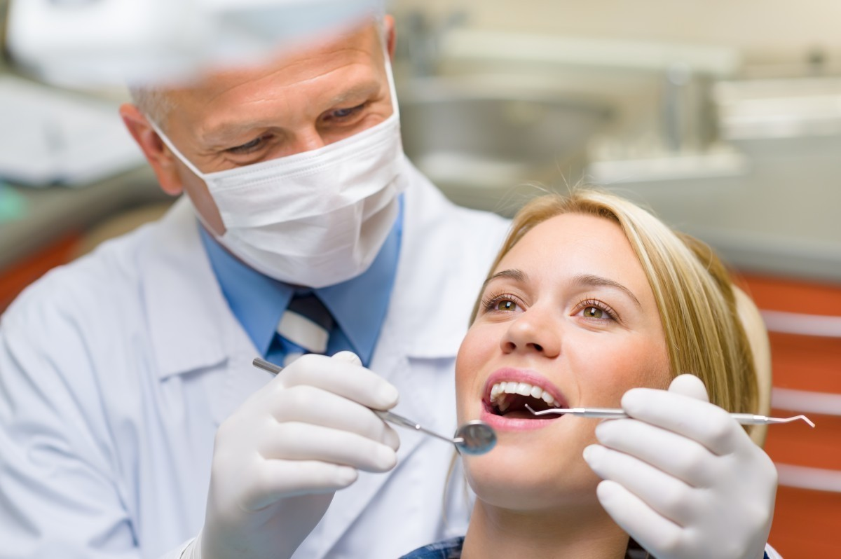 Get a Brighter Smile Utilizing with Cosmetic Dentist